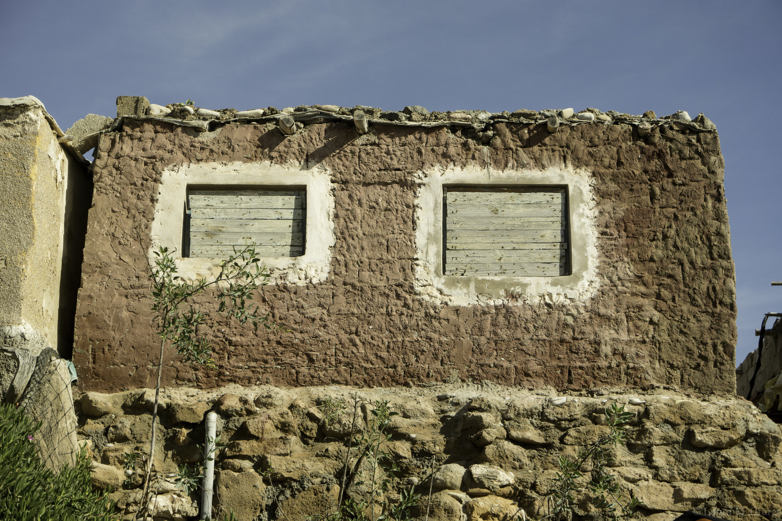 Stand-tall-with-square-eyes-windows-of-Morocco.jpg