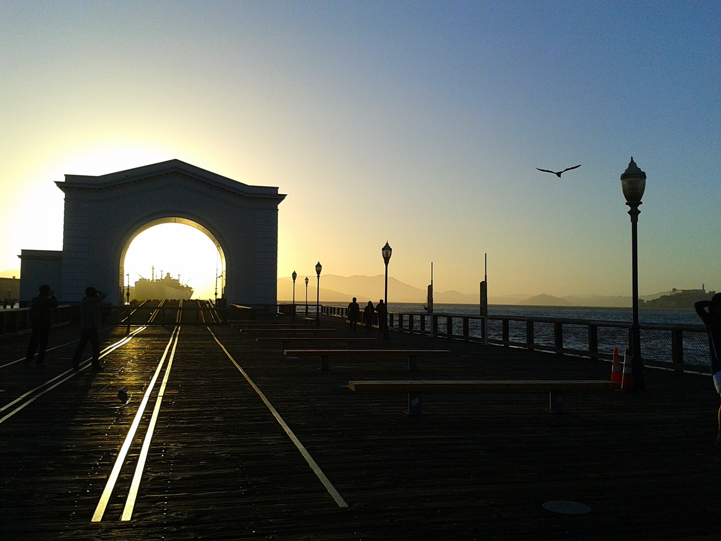 Split-second-and-the-sun-is-gone-San-Francisco-USA.jpg