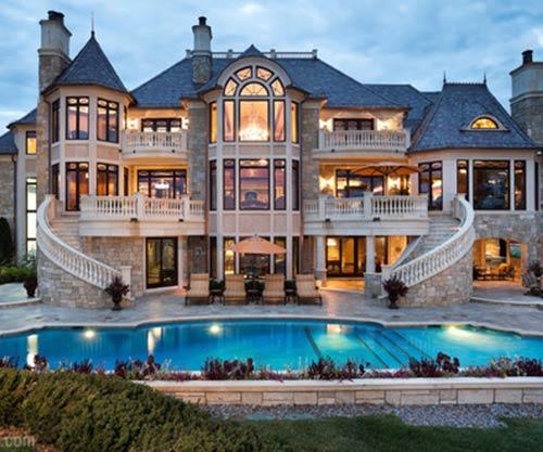 luxury-1.jpg