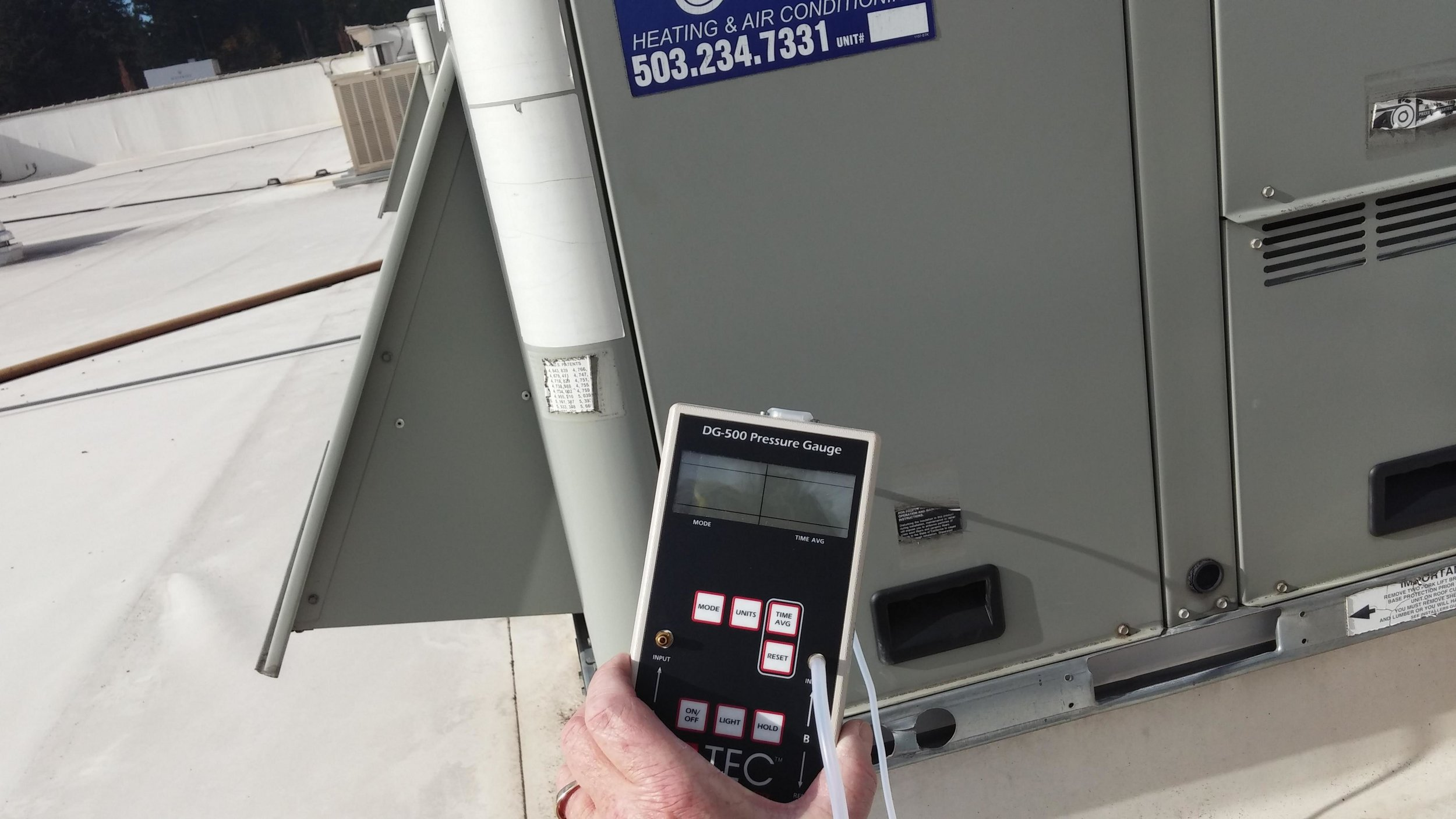 Static Pressure Testing - We measure the static pressure at air supply and return supply