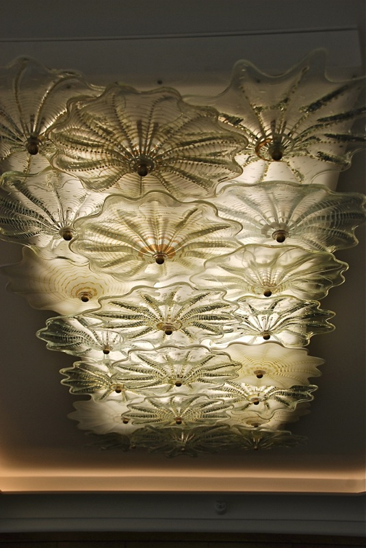 Kitchen Rondel Lamp in Crystal and opal white-silver