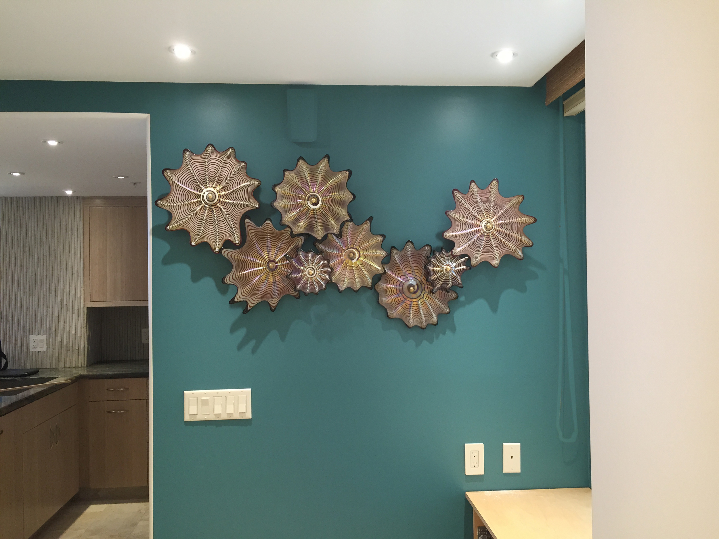 recently installed Strini Art Glass Wall Splash, Florentine series , Kaanapali 2015
