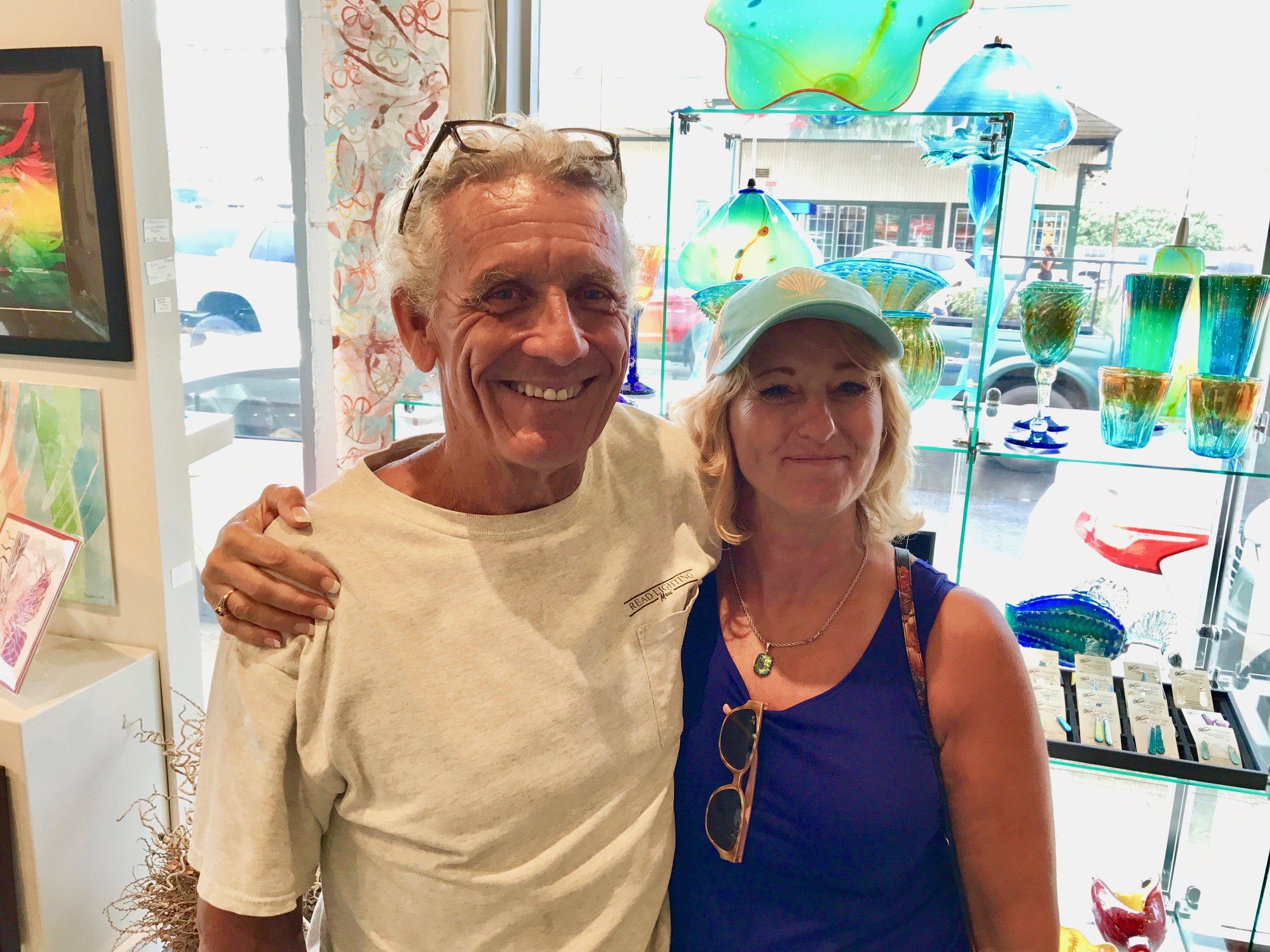 Robin and Jack vistiing at the Maui Crafts Guild  2018