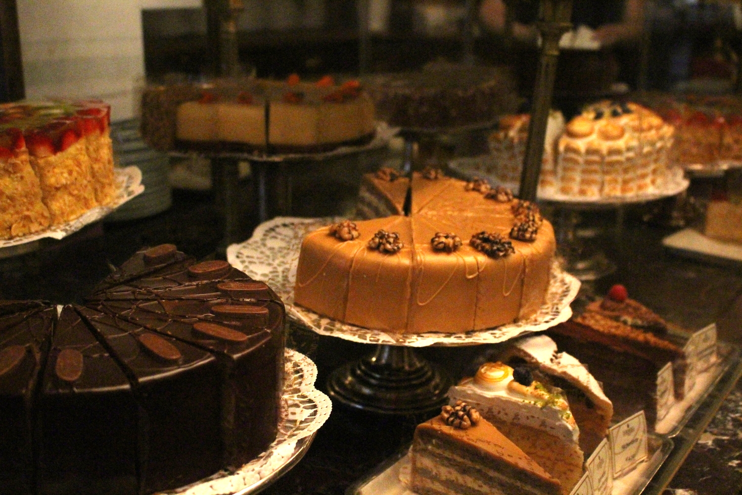 Demel cakes (photo: Anne Banas)