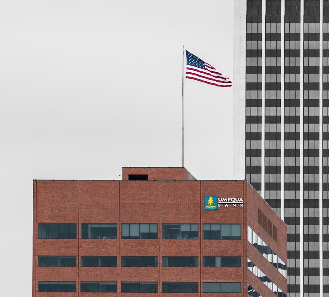 Umpqua Flag.png