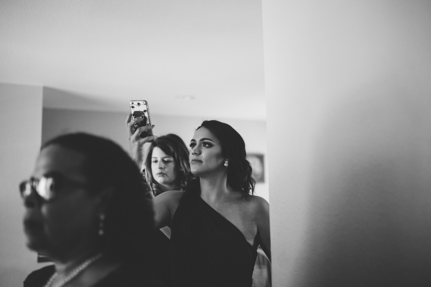 wedding day getting ready photography