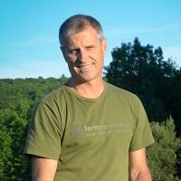 Gene Baur,  Farm Sanctuary