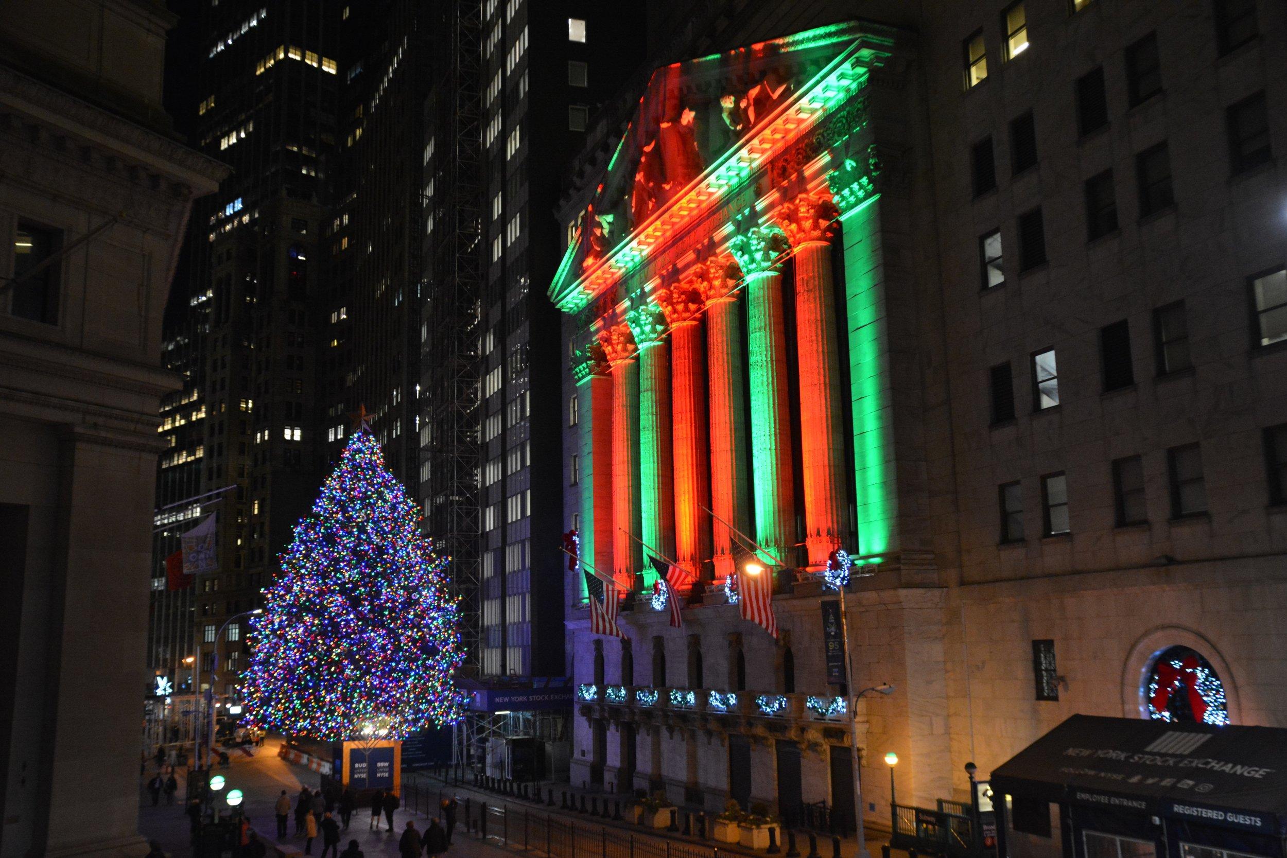 2018_NYSE_WAMVentures_HappyHolidays_NKN_6014.jpg