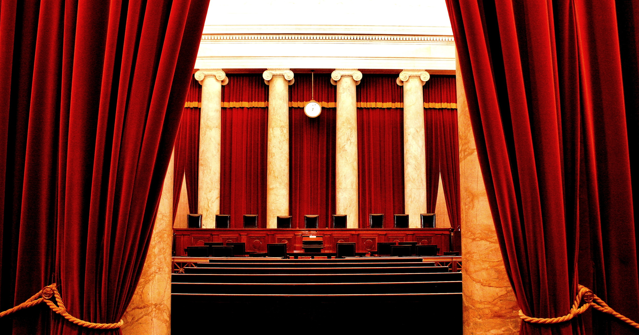 By Phil Roeder (Flickr: Supreme Court of the United States) [CC BY 2.0 (http://creativecommons.org/licenses/by/2.0)], via Wikimedia Commons.