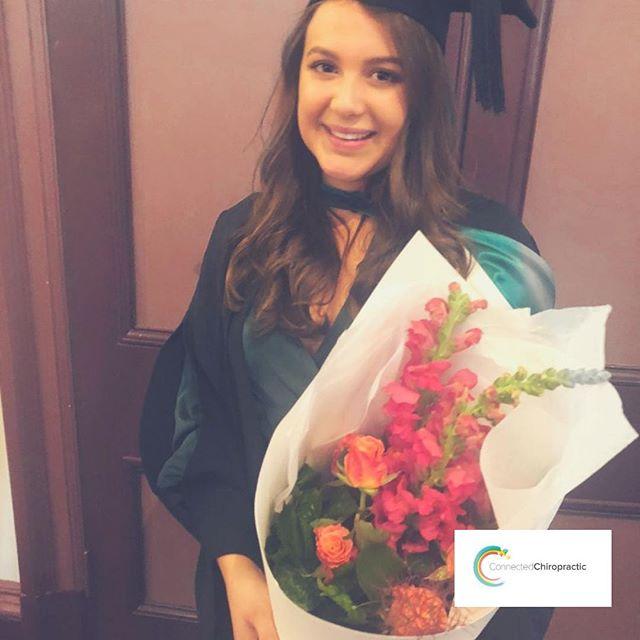 Welcome Kellee! 💁‍♀️💐 ... Kellee has been working at Connected Chiropractic over the last month and getting to know the familiar faces. She's a local BOP girl & also works at another office in Papamoa/Rotorua. She loves chiropractic enough to even date another chiropractor! We're sooo lucky to have her here. ... Biggest perk having Kellee onsite is Lily gets weekly pregnancy chiro care! 👌🏼 ... ... ... #planoly #connectedchiropractic #chiropractic #structure #function #matamata #pregnancy #pediatrics #fun #love #perks #health #getadjusted #lookafteryourself