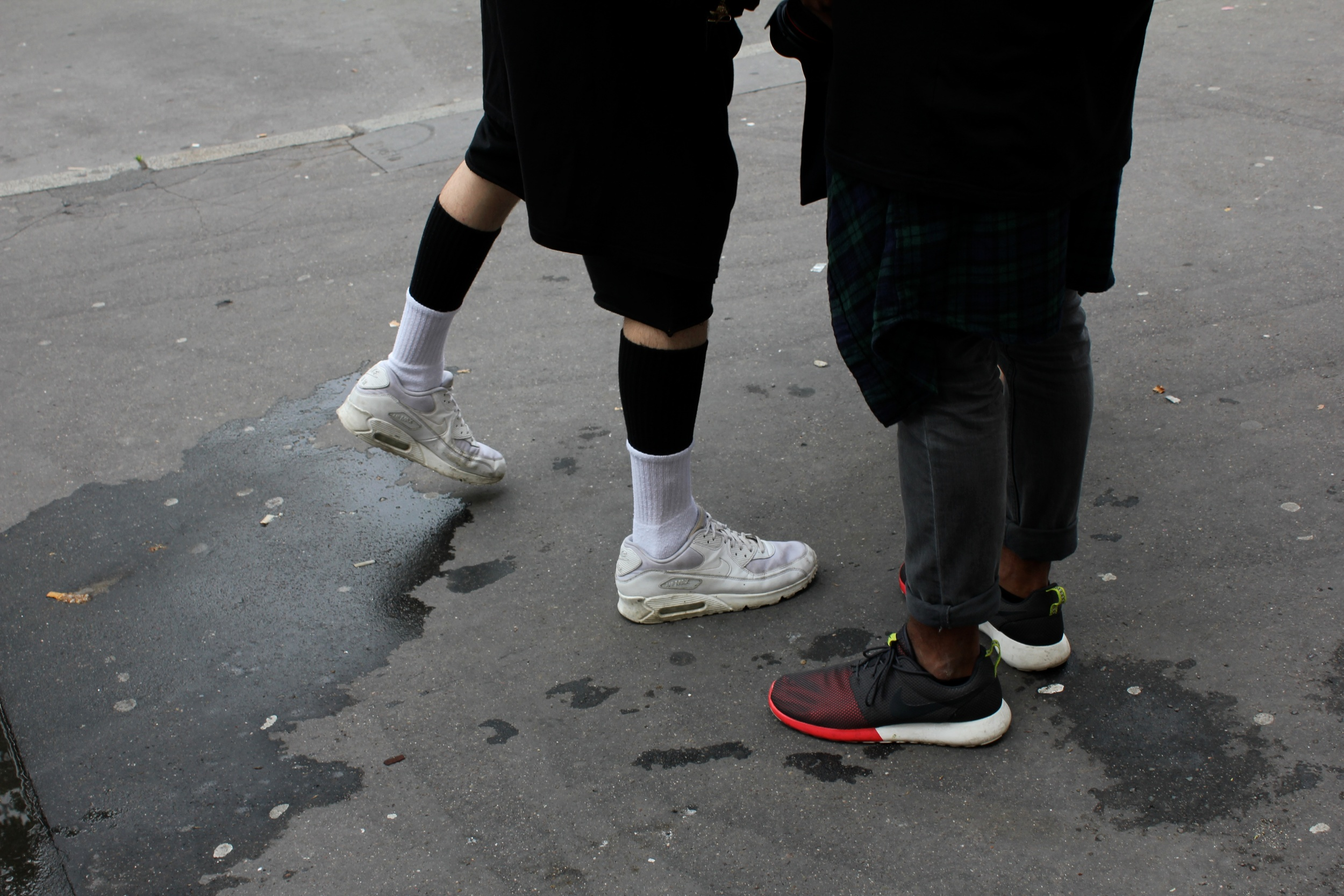 Street style outside the shows: trainers