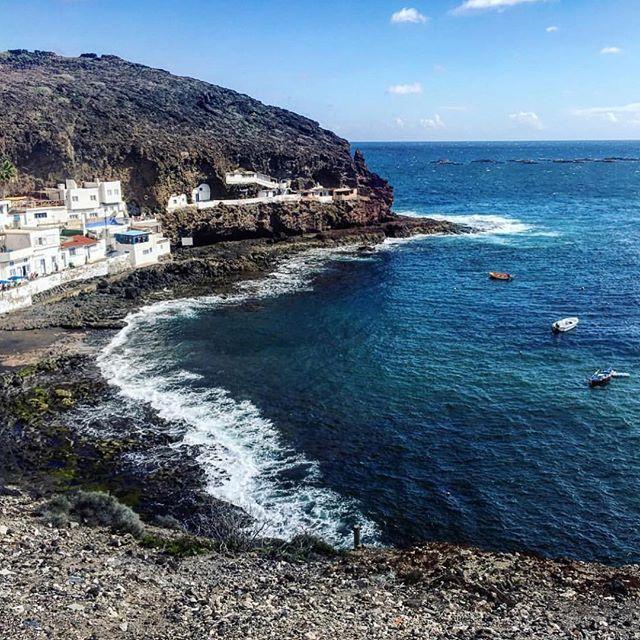 Otro día currando en el paraíso ☀️💛❤️ @mauriche #quesuertecurraraqui