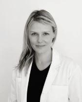 Thorhildur Danielsdottir, specialistläkare dermatologi