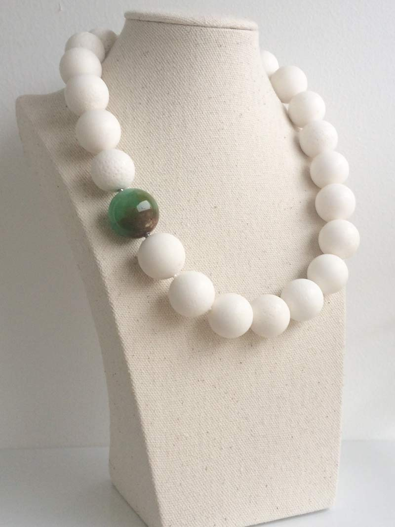 20mm white coral necklace with  22m chrysoprase ball  clasp
