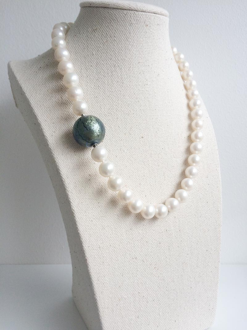 10.5-11m cream freshwater pearl necklace with detachable grey-green Murano glass feature clasp
