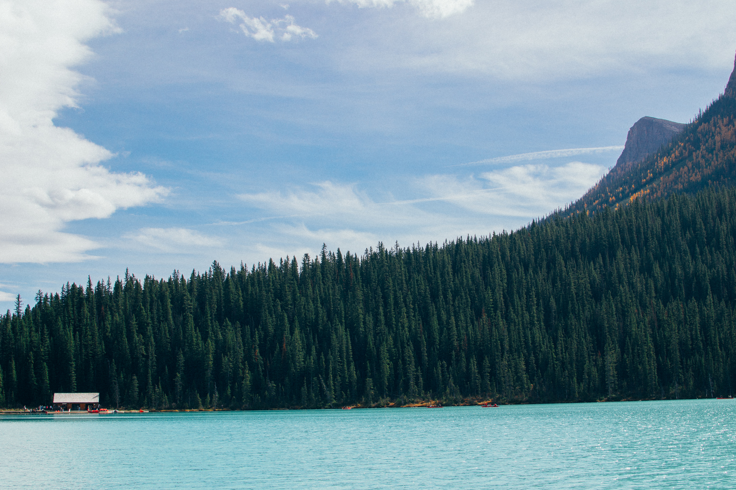 lake louise canoe rentals
