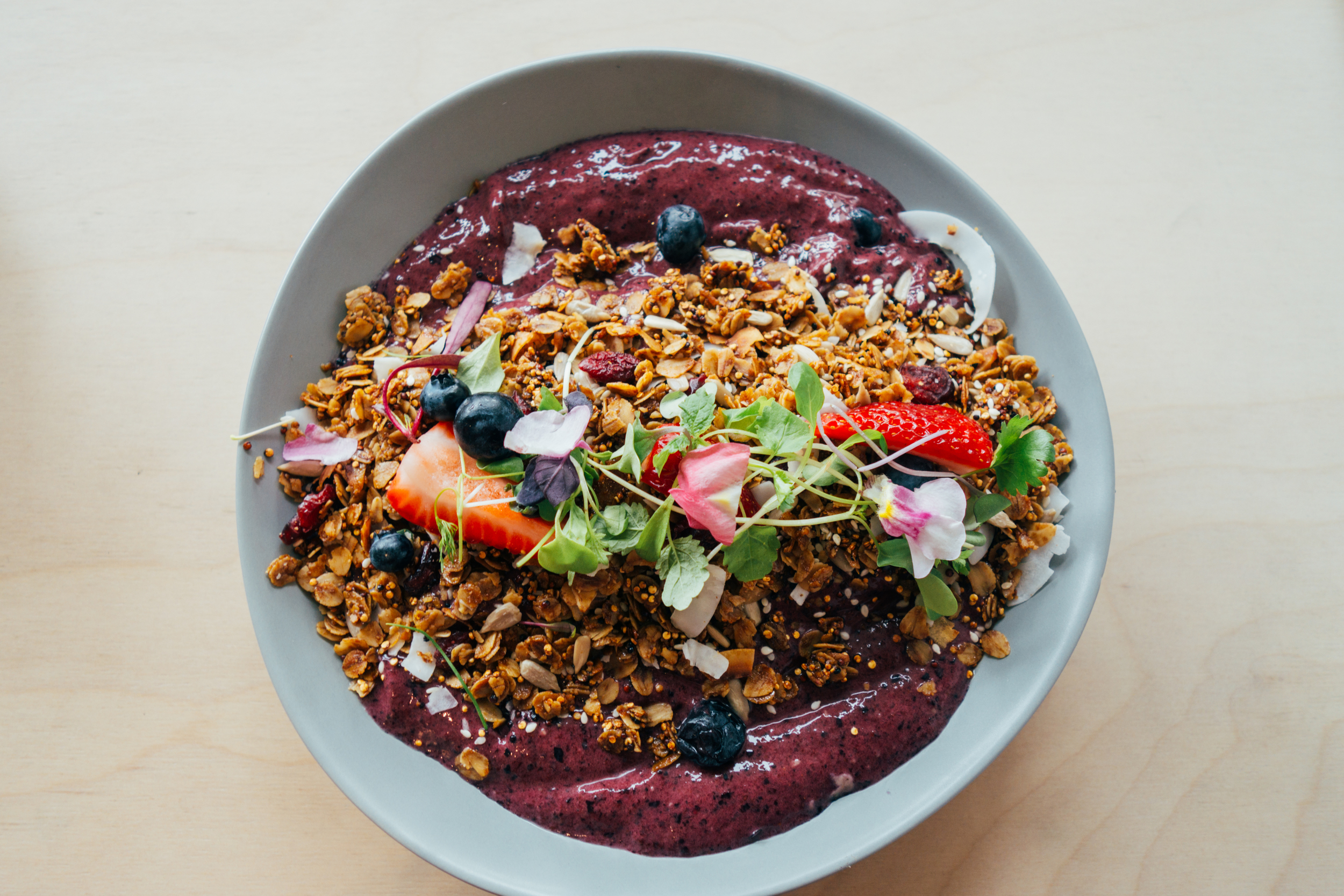 acai berry smoothie bowl lucy lockett