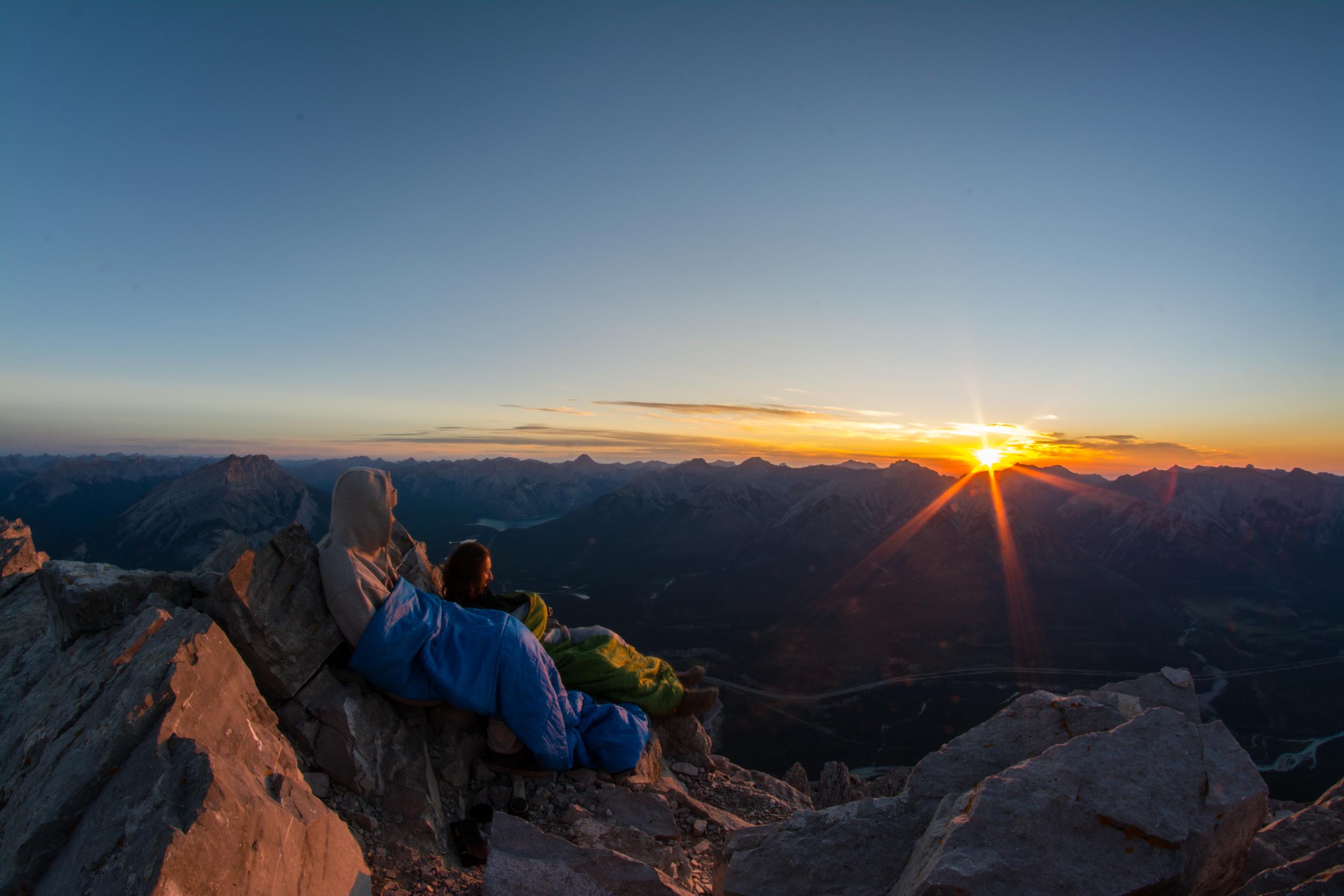 sam hobley mount rundle banff sunrise hike