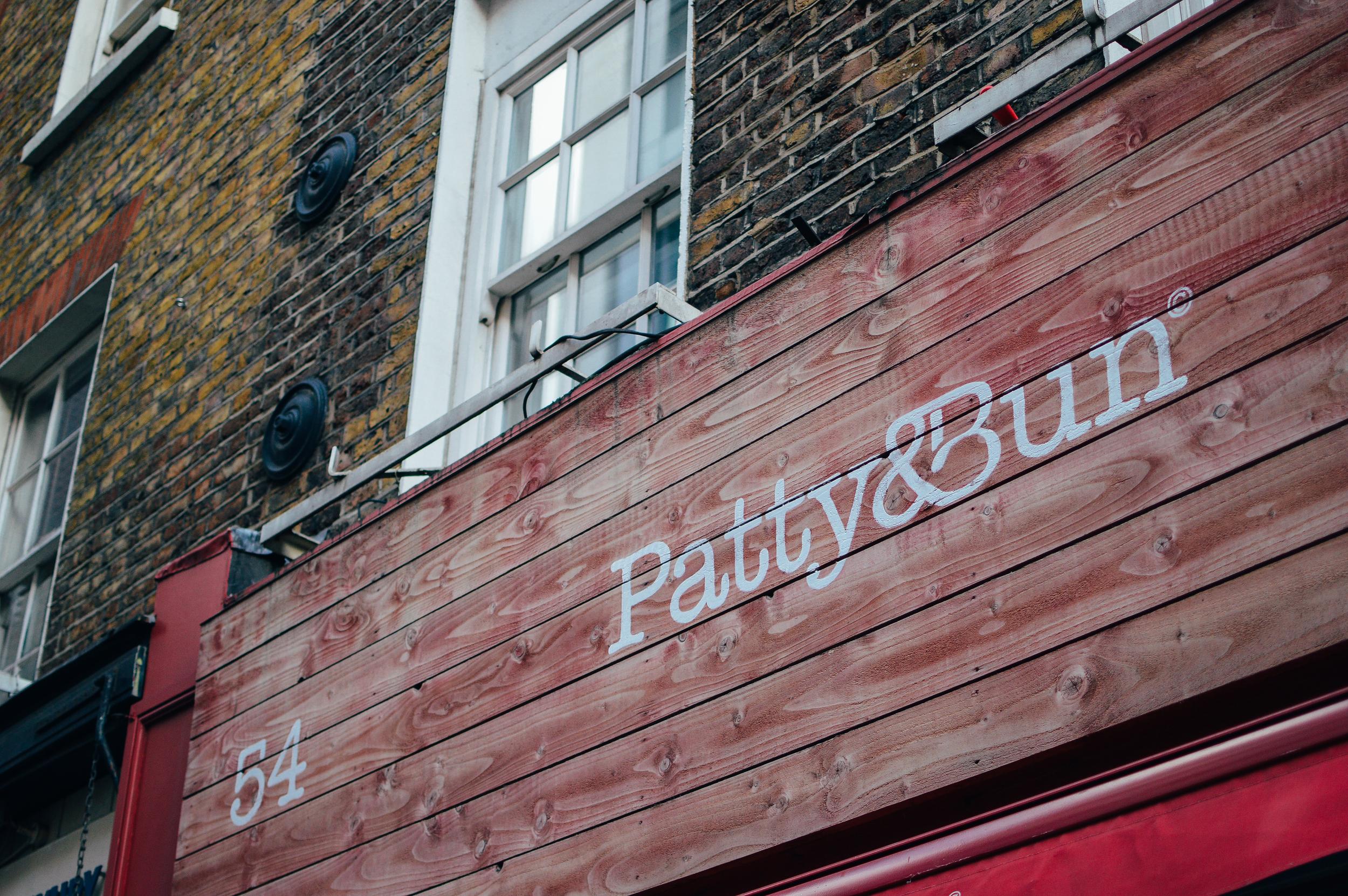 patty & bun sign voyage collective
