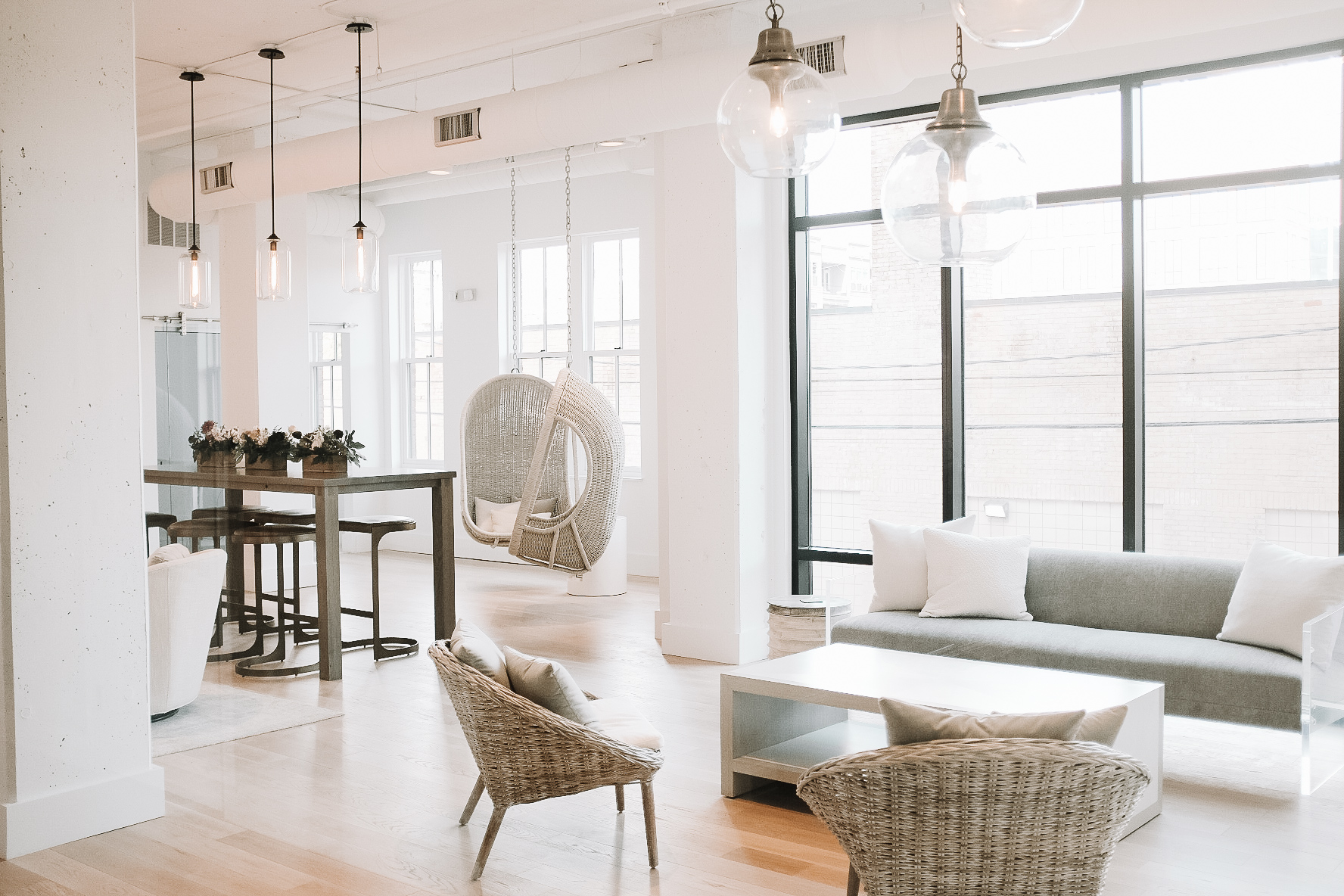 explore the collab studio - Designed as the perfect place for a meeting of the minds, The Collab Studio features flexible seating, private conferencing and a dynamic workroom for our team to host client and team sessions alike.