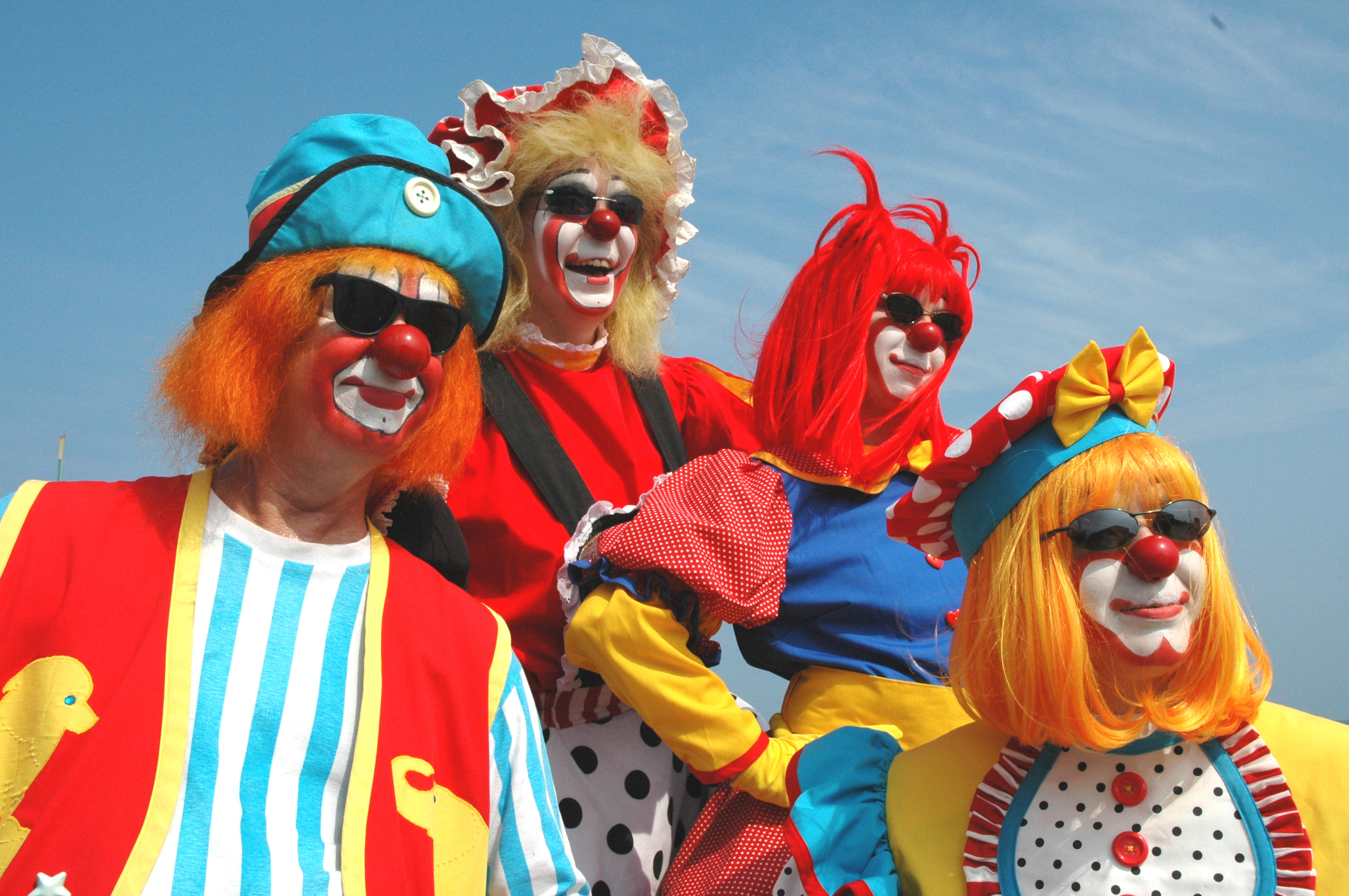 Clown profiles.jpg