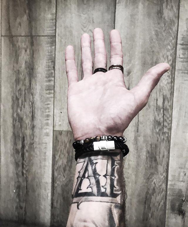 ⚜️🙏 @sevoleo_jewelry #IV #TigersEye #ForCreativeEnergy 🙏⚜️