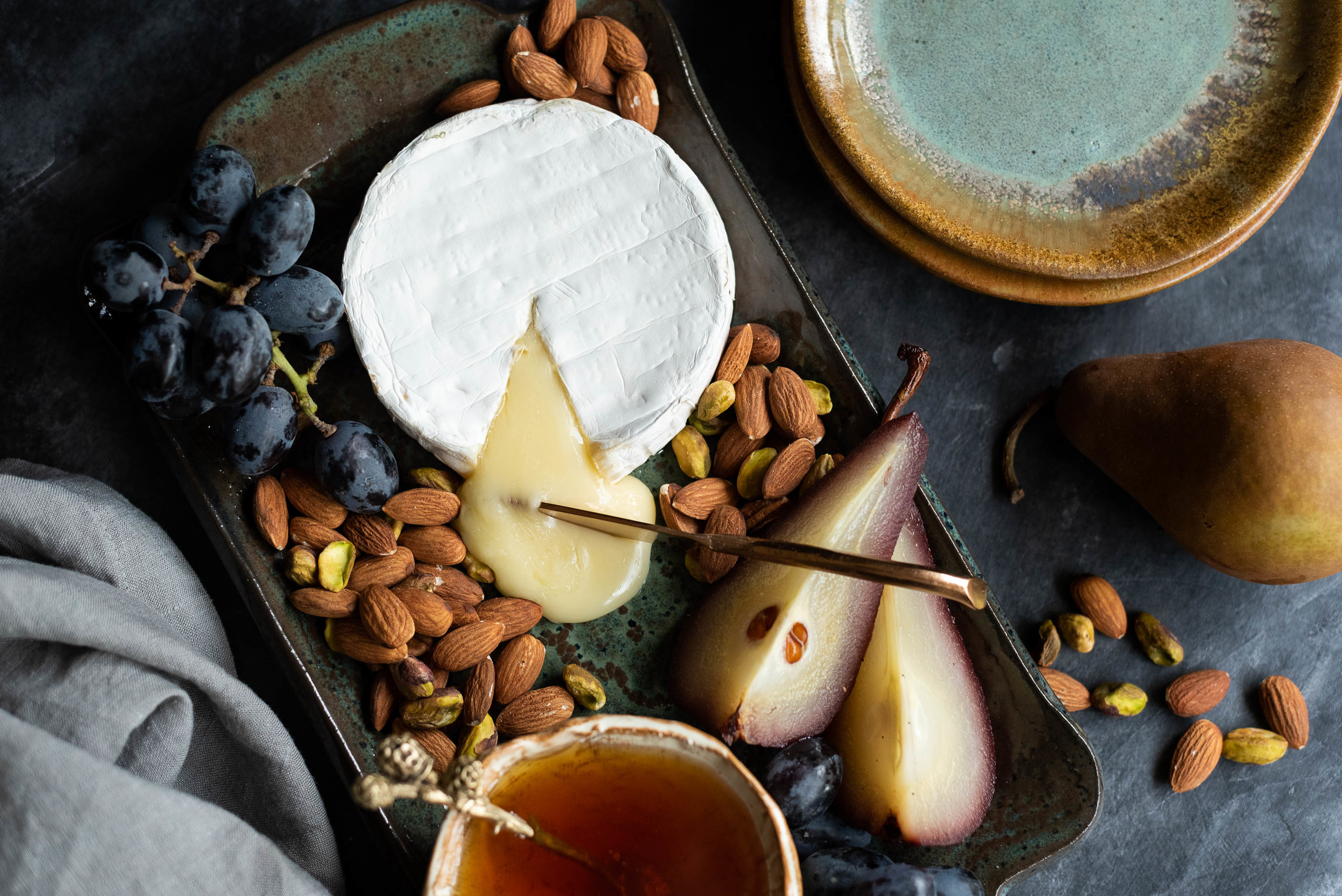 Date night cheese plate for two  |  styling by jennifer oatsvall  |  photo by    alyssa joy photography