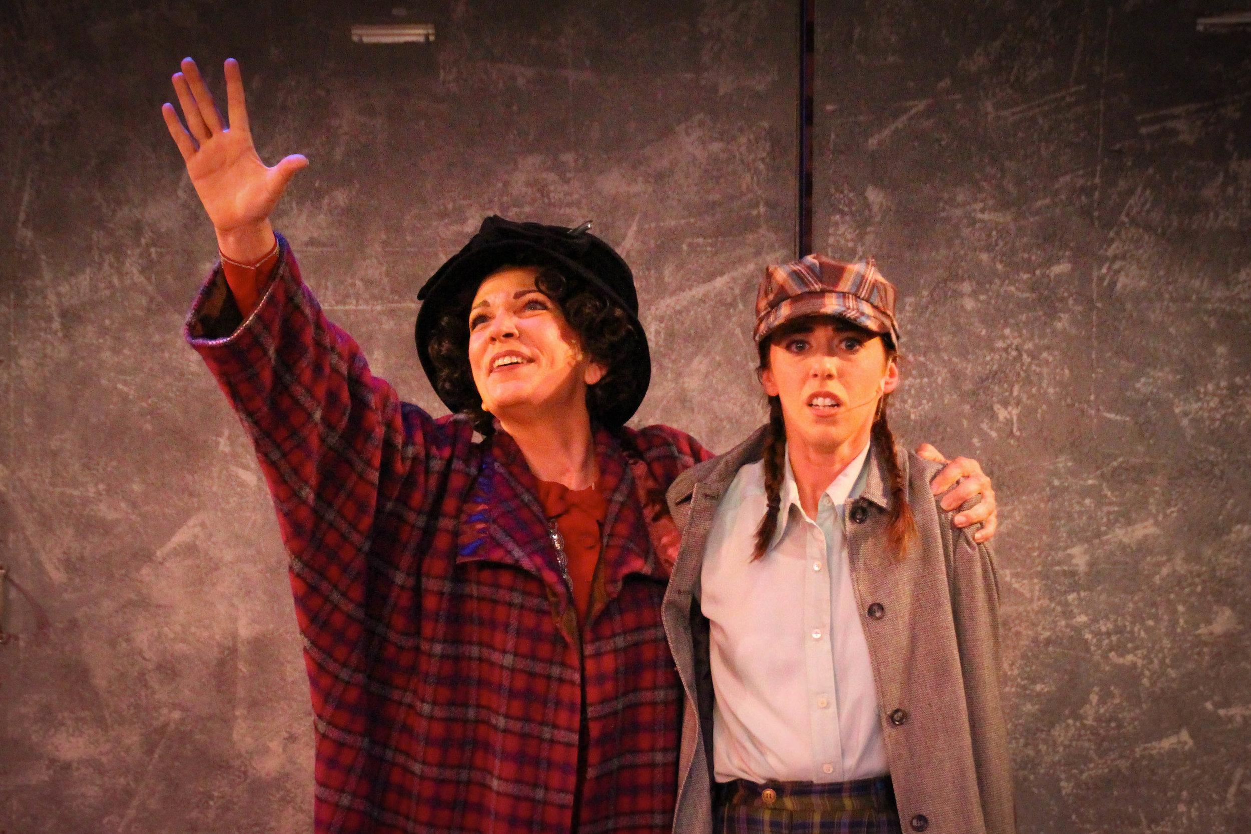 (L-R:) Kirsti Carnahan and Kate Simone (Photo by Joe Landry)
