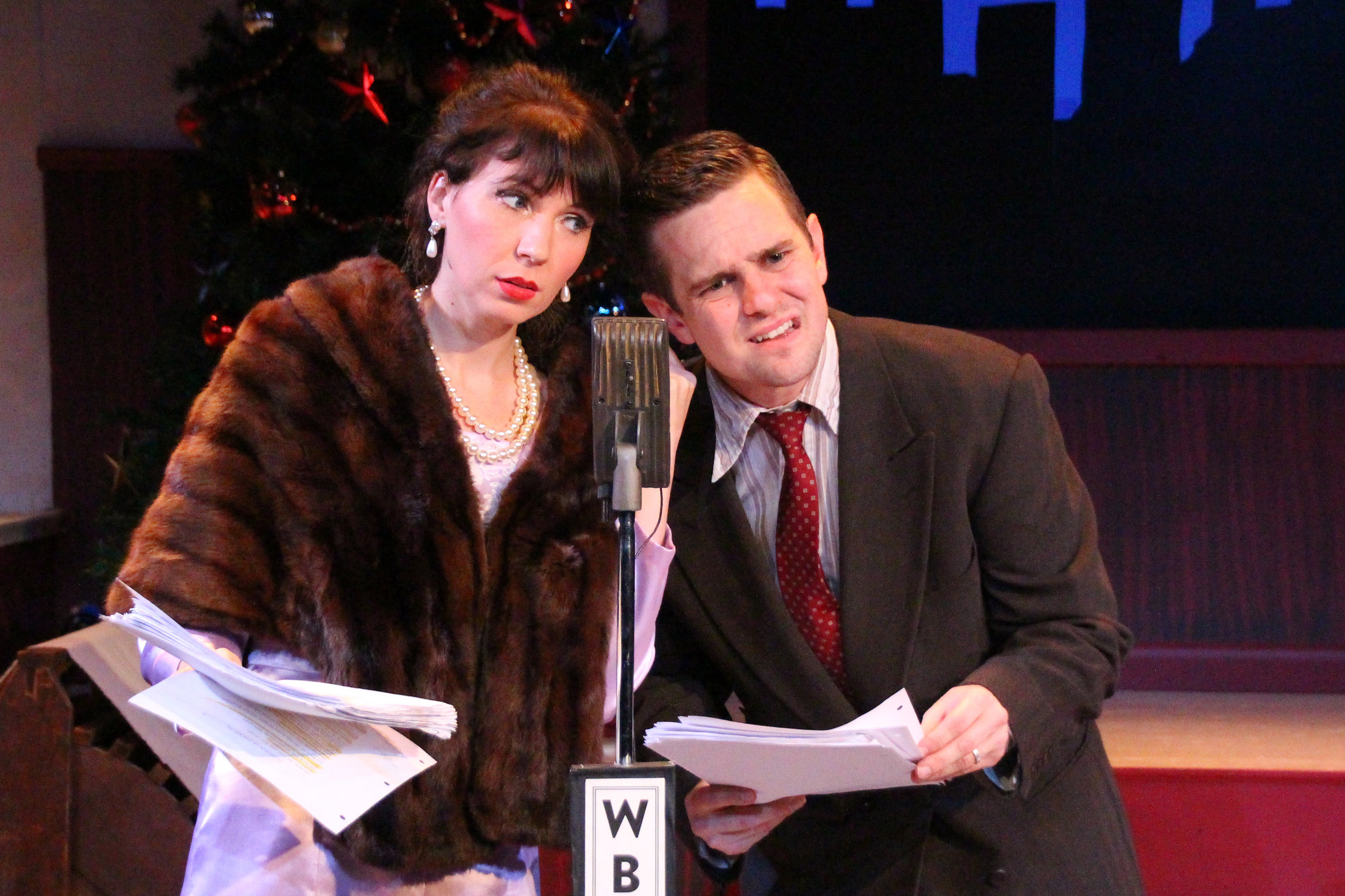 Elizabeth Donnelly and Jon-Michael Miller