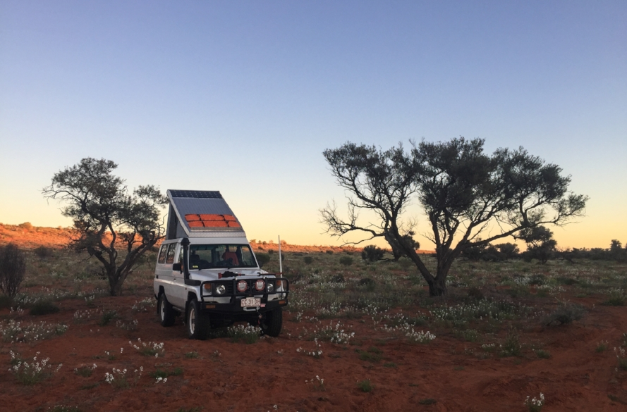 FLY-AND-BUY DIY AUSTRALIAN ADVENTURE  [Summer 2016]   What happens when you accidentally book a trip Down Under and then decide to buy instead of rent? It's much easier than you think.  Join us on a crossing of the vast Simpson Desert . . .