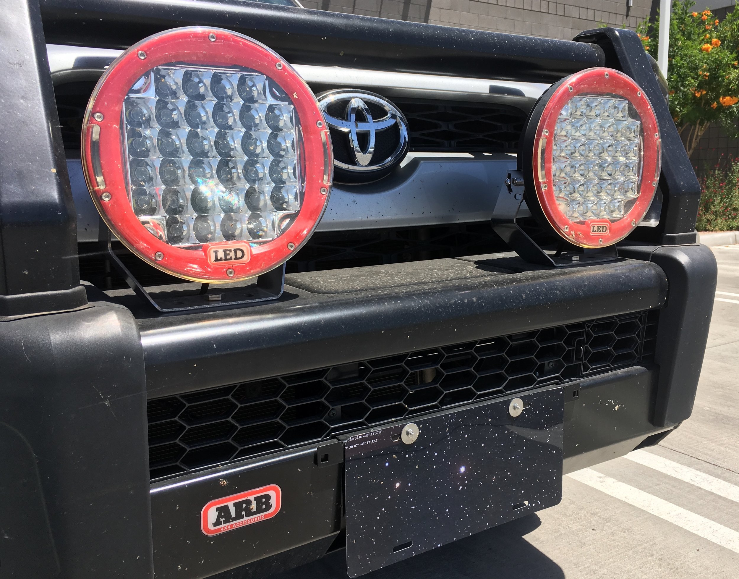 An ARB bumper . . . and ARB driving lamps?