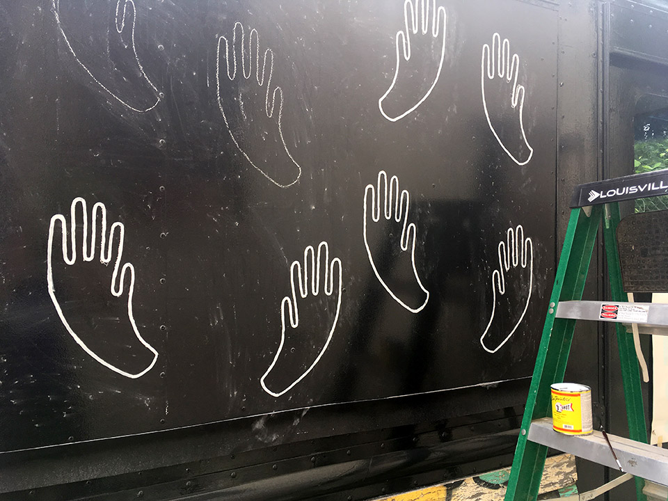 Painting in the hands after chalking