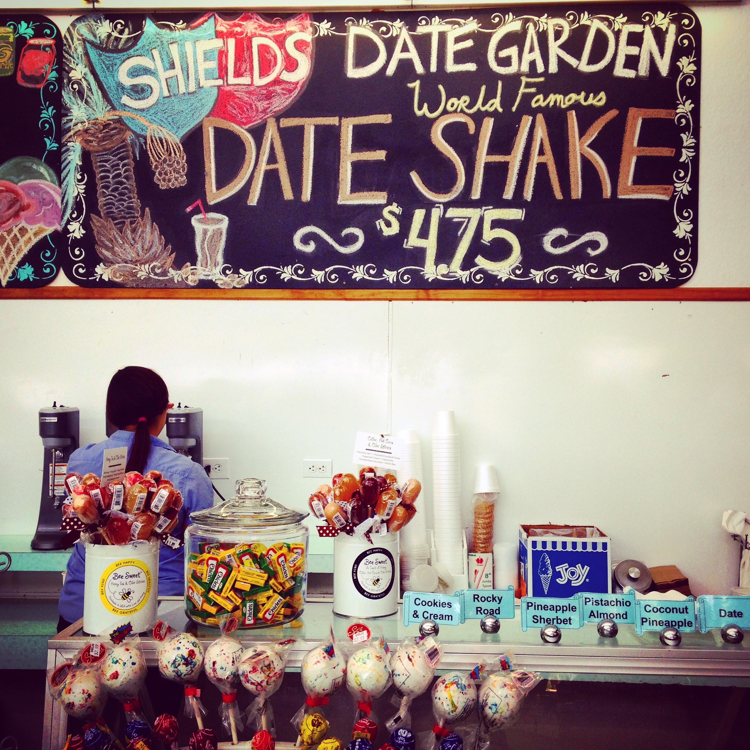 Even as a Lactose Intolerant person, I could not resist the delicious Date Shake!