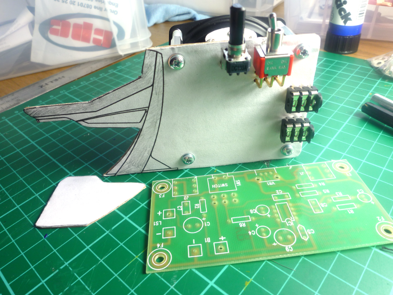 The speaker is now mounted on the back and the board sits comfortably upright. The Apollo profile looks great, except that it adds about a third to the board's size. This space is not efficiently used, and adds cost to the board.