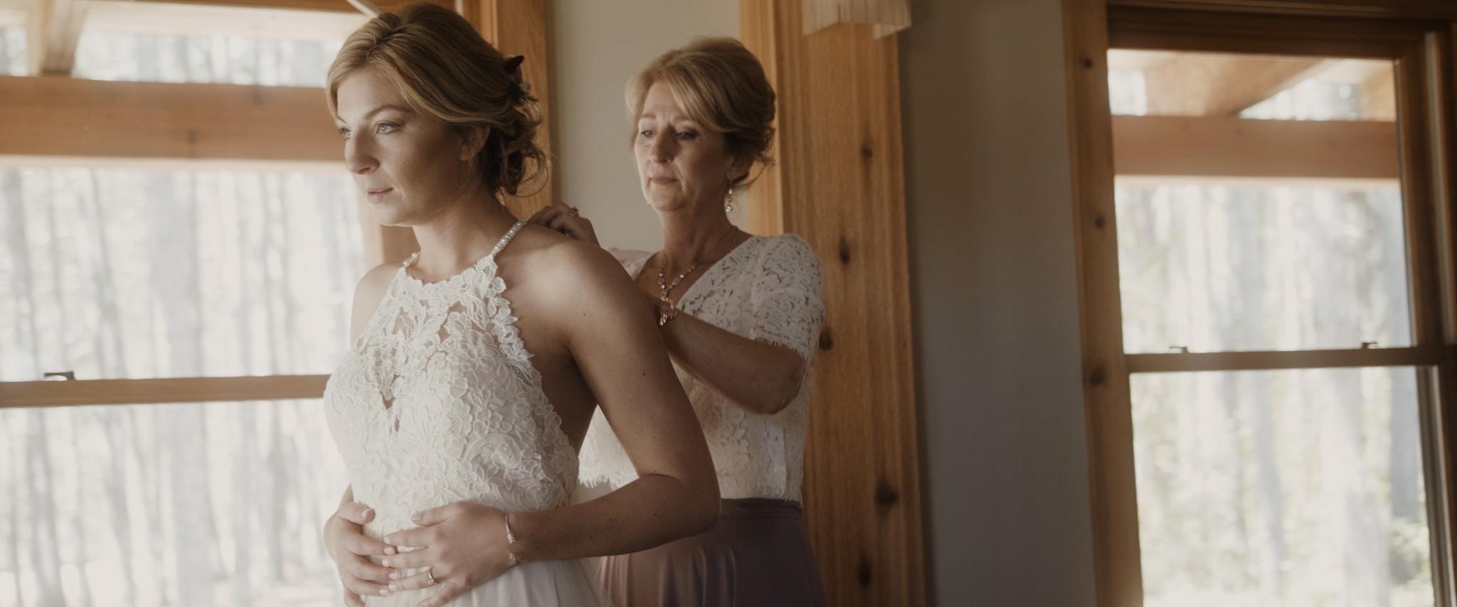 HAVENS_Wedding_Film.00_01_18_23.Still012.jpg