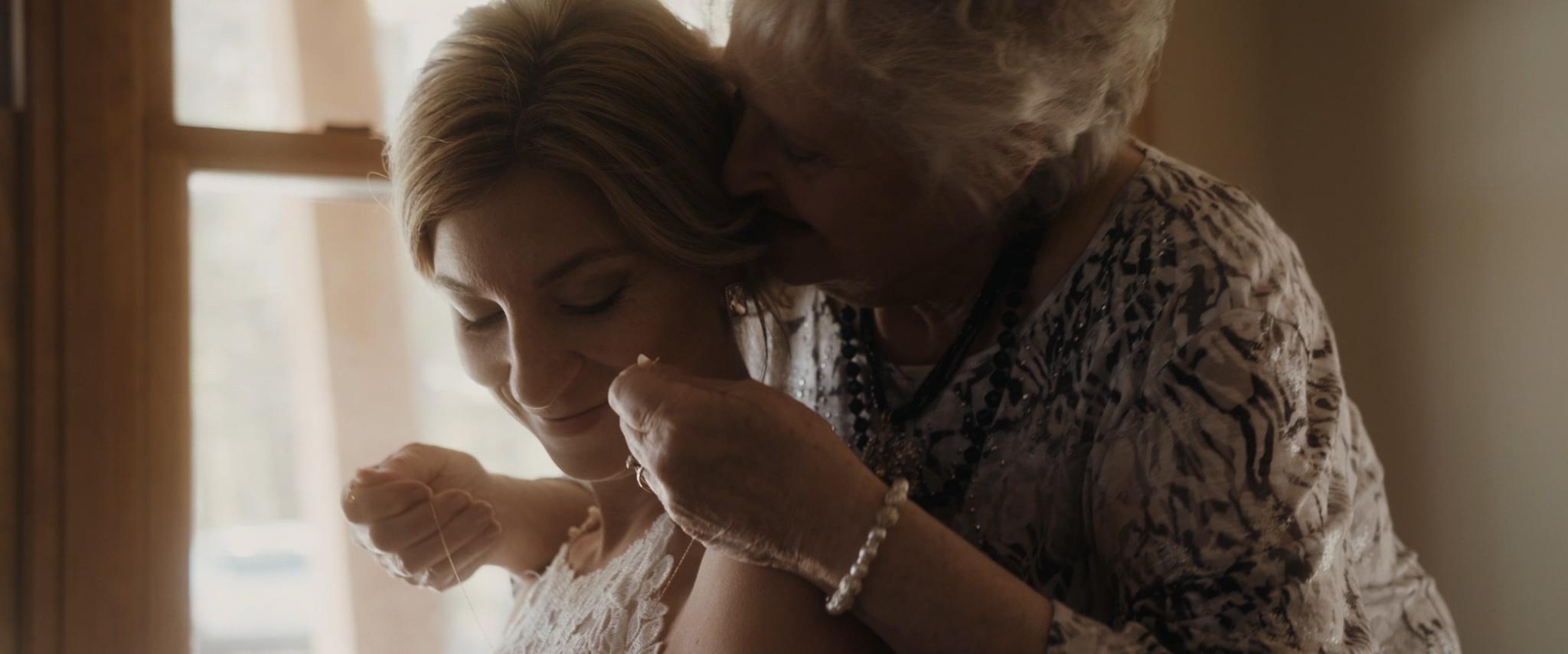 HAVENS_Wedding_Film.00_01_25_03.Still015.jpg
