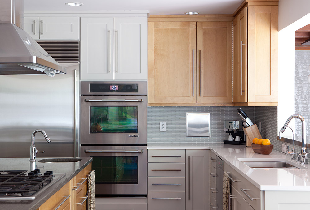 Corian/Concrete/Stainless steel countertops