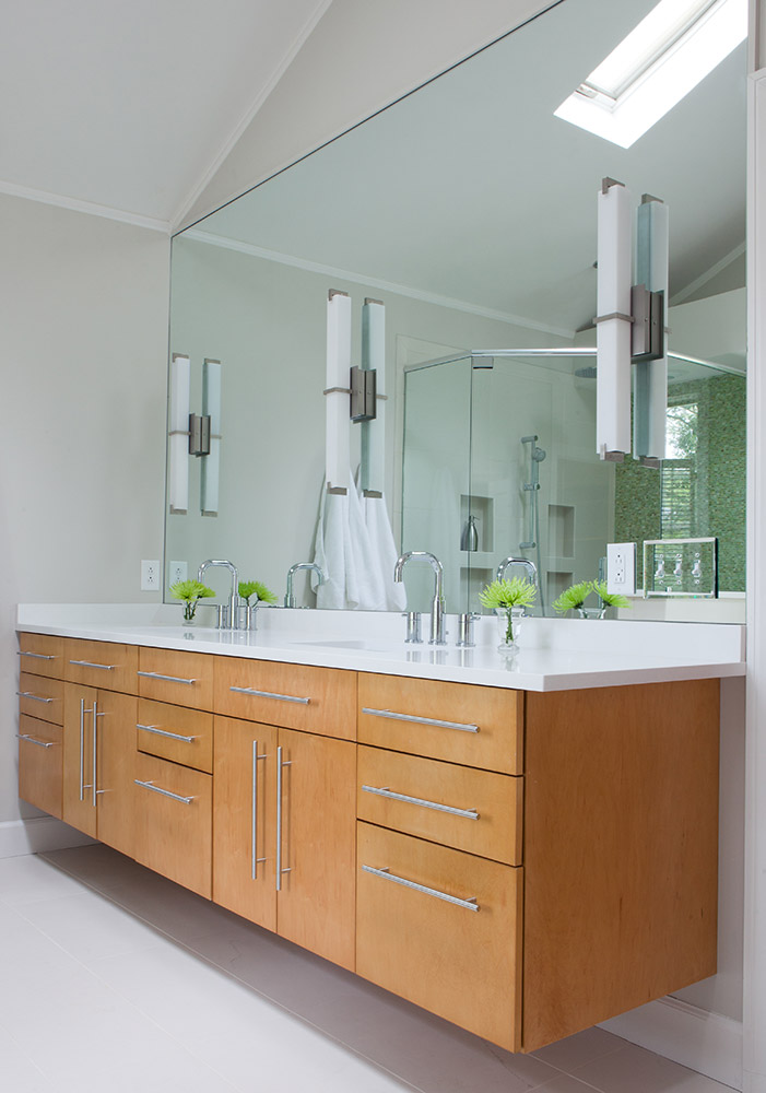 Master bathroom/custom maple cabinet