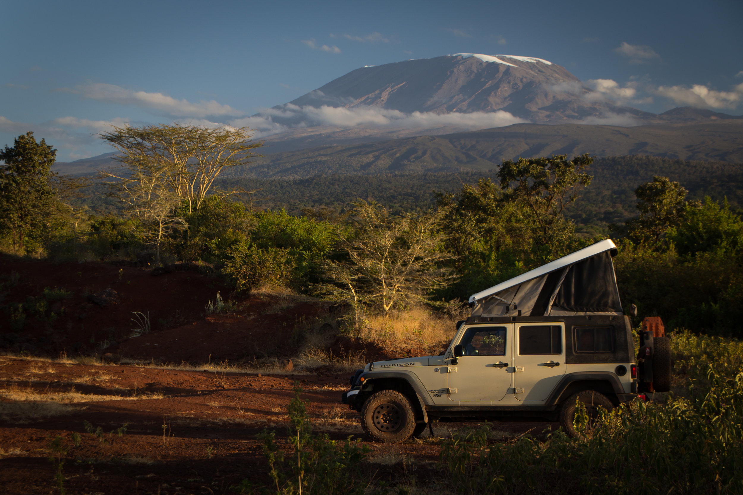 tanzania-jeep-kilimanjaro-close-up.jpg