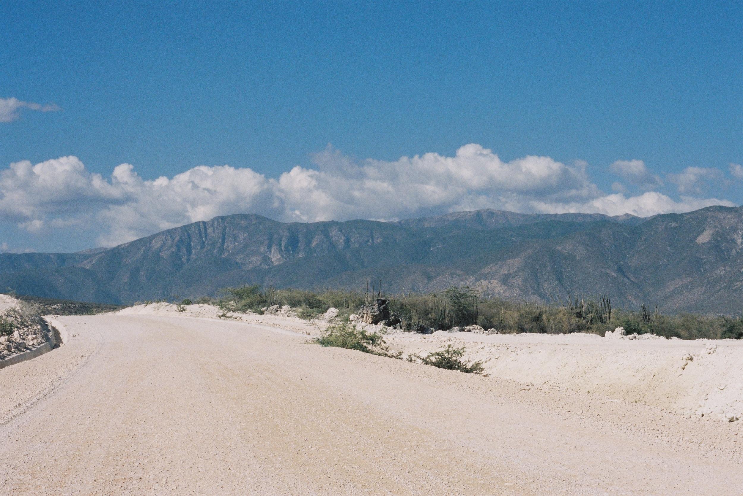 dominican-replublic-haitian-border