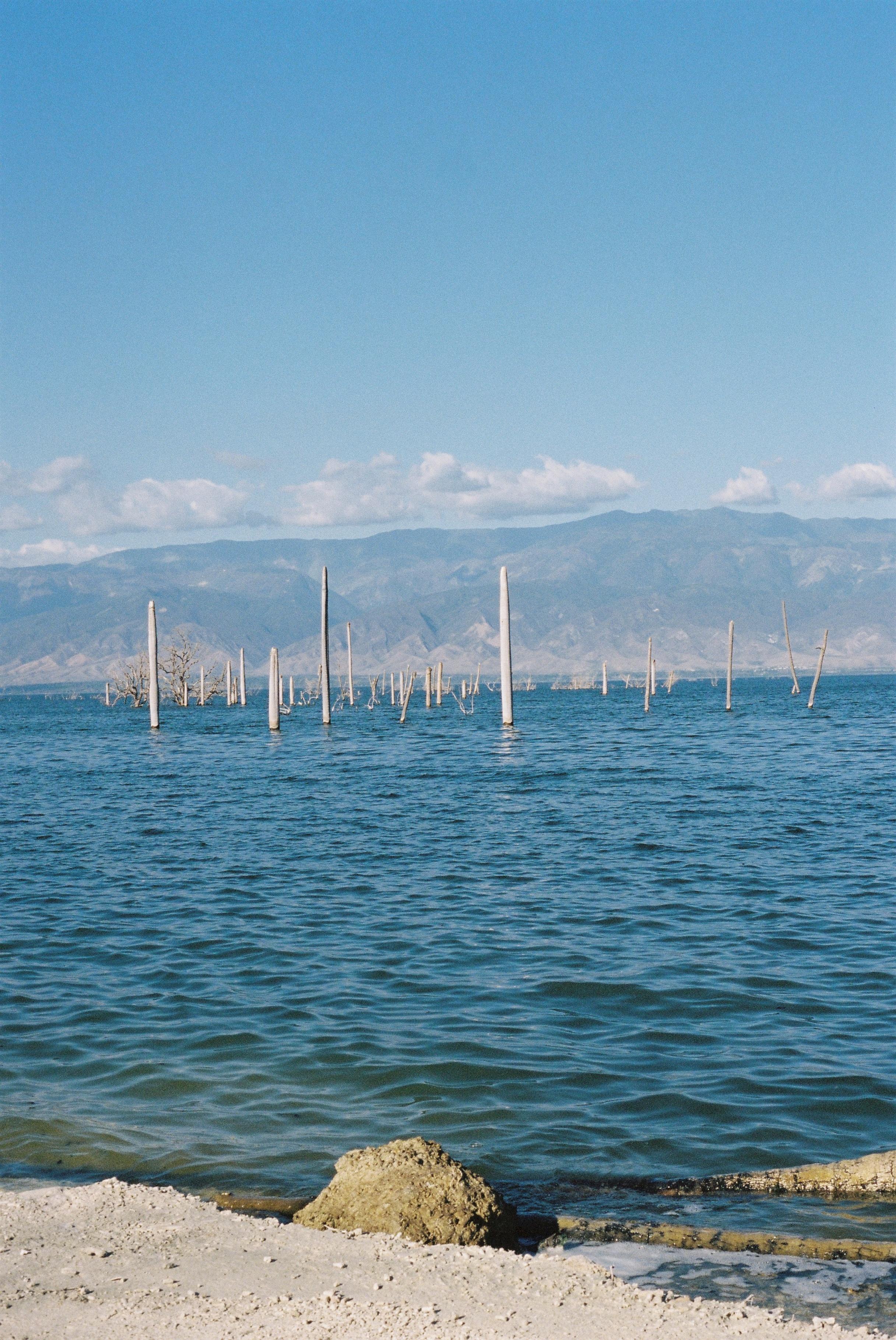 dominican-replublic-lake-enriquillo-6