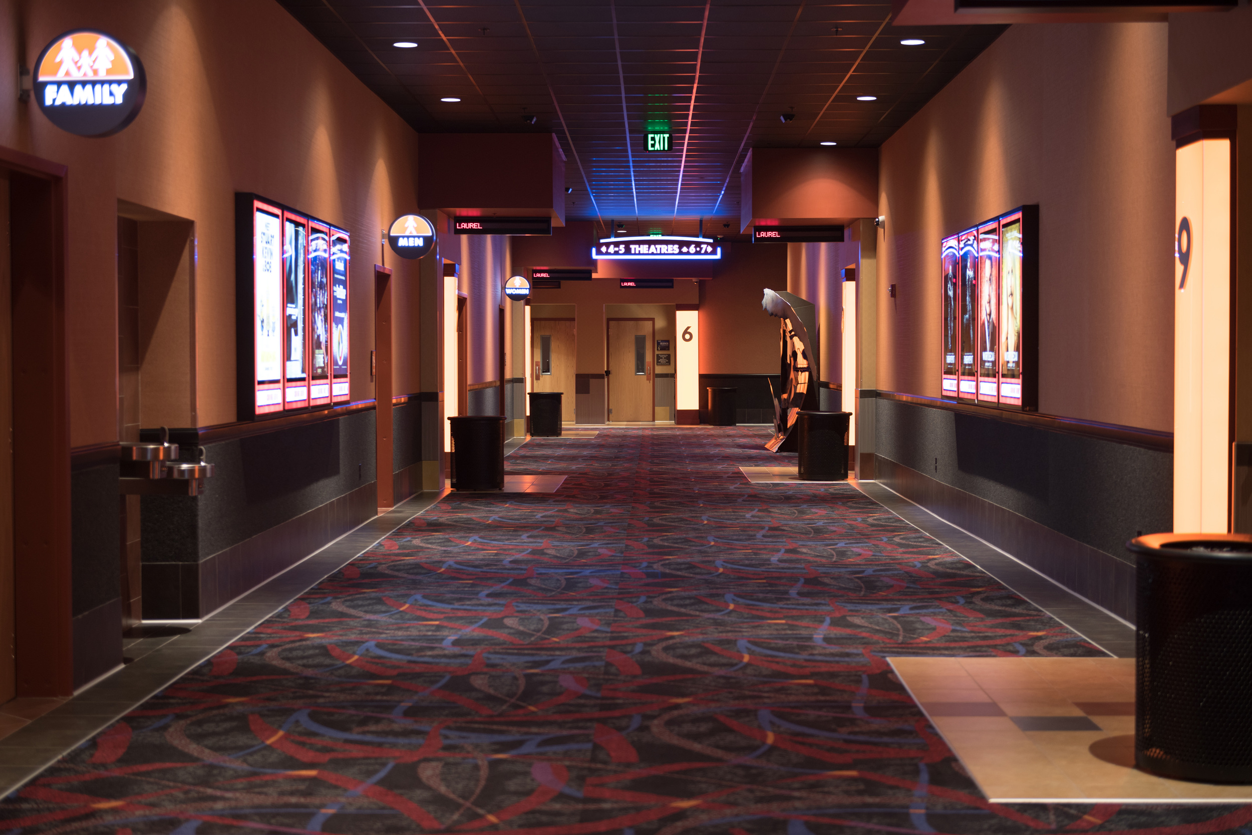 regal-cinemas-laurel-maryland-3