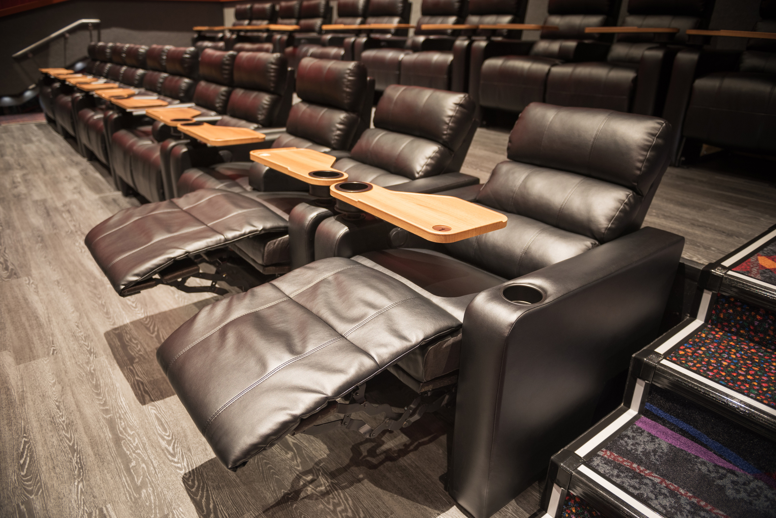 regal-cinemas-laurel-maryland-5