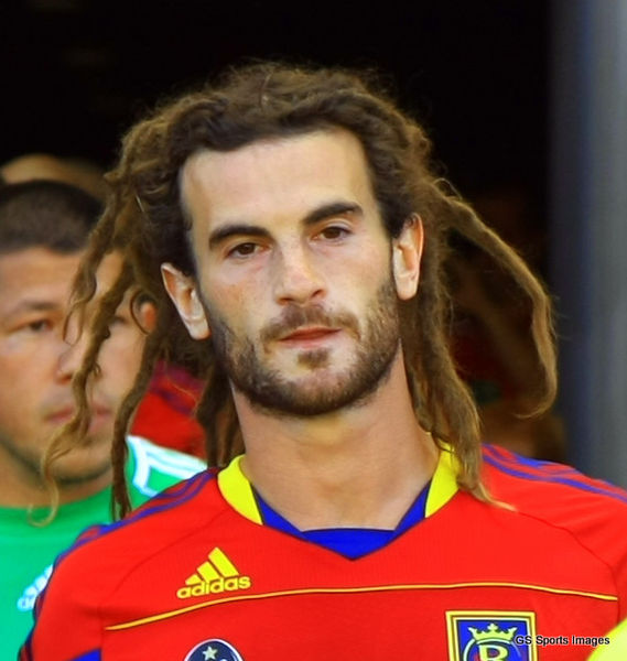 I can't really stand RSL, but this guy's cool. How could he stand those dreads in Manaus though?