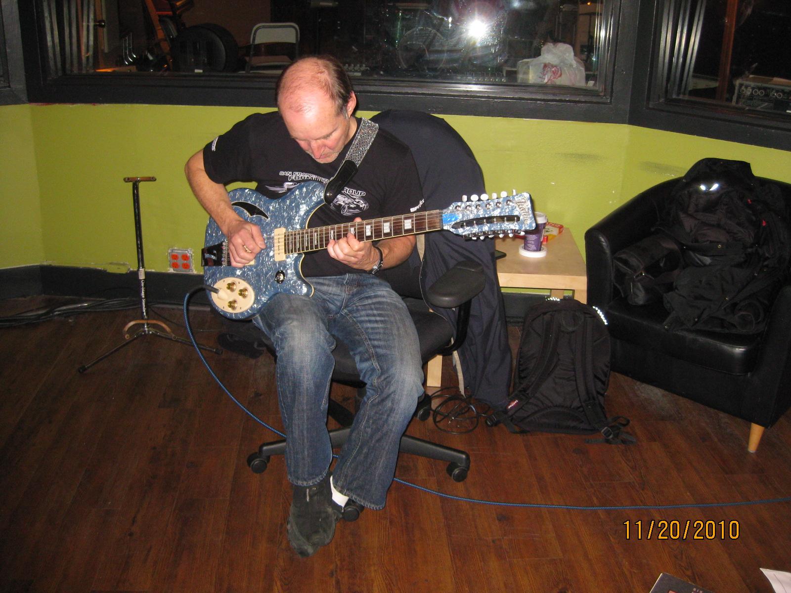 Jeff on 12-string.JPG