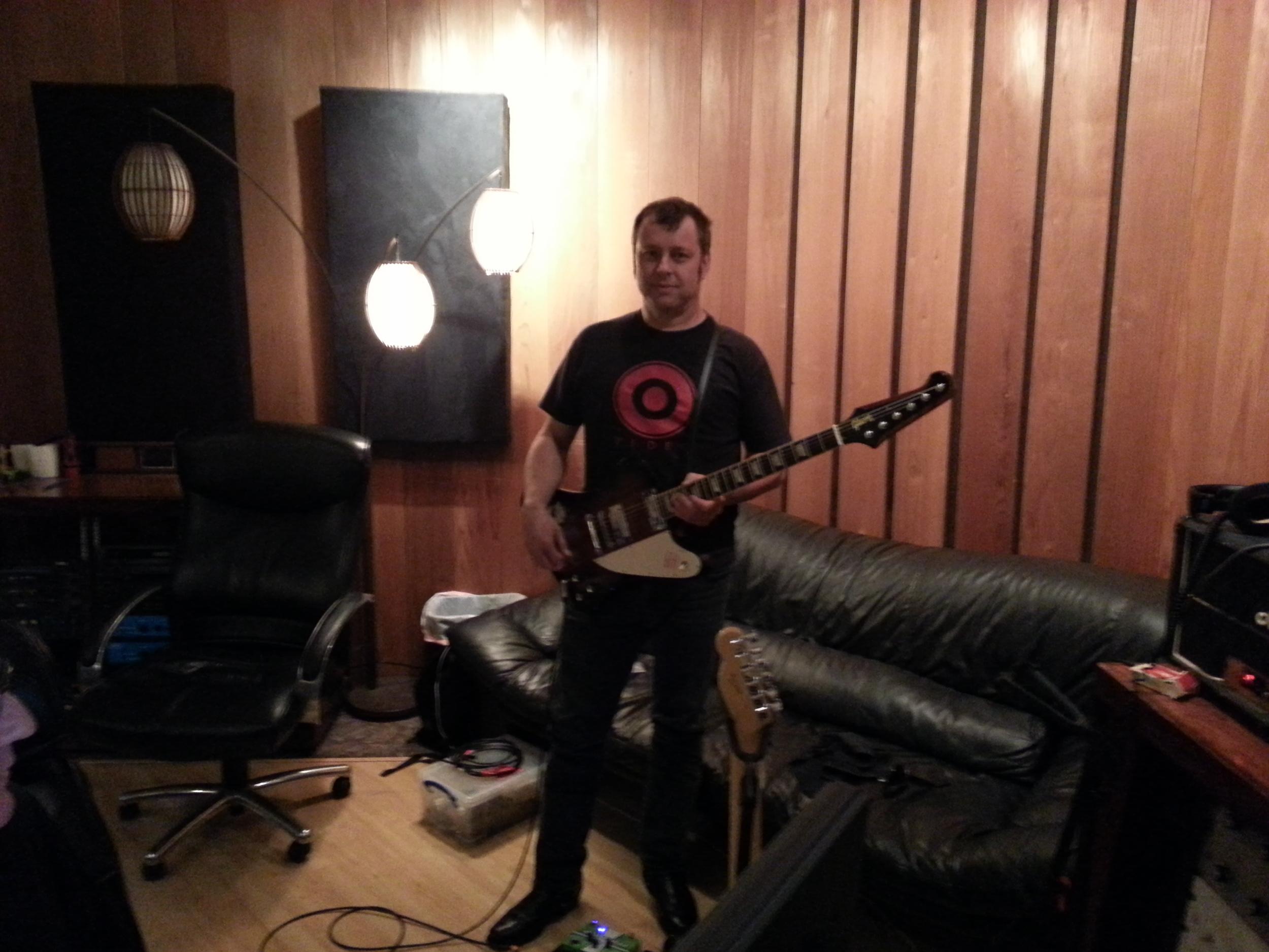 Rip Reed on Guitar.jpg