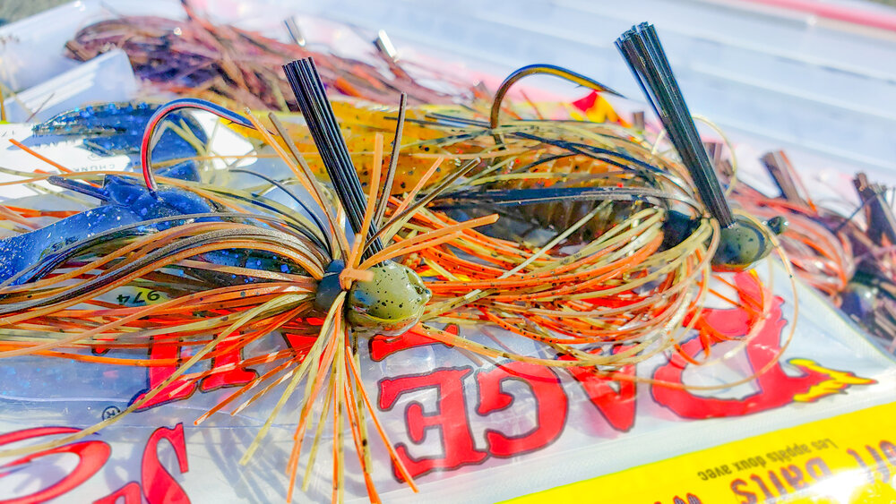 5 Jig Fishing Tricks For Fall Bass Fishing