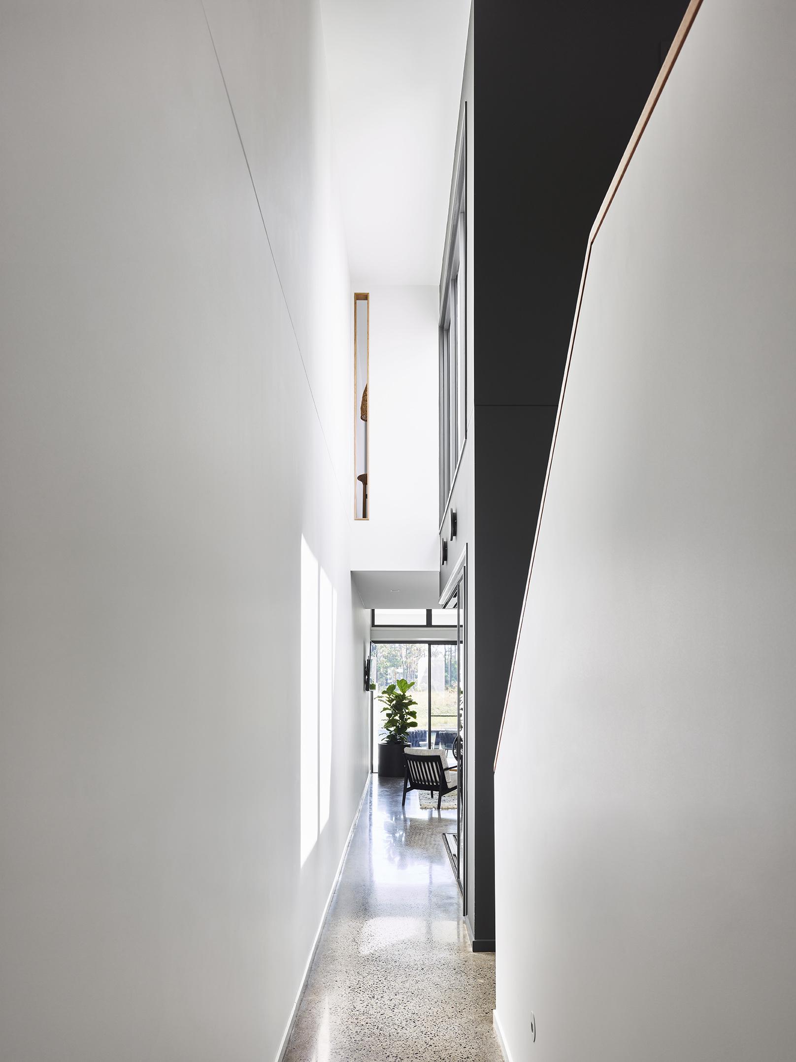 Langsford Cres House - Maytres Studios69248.jpg