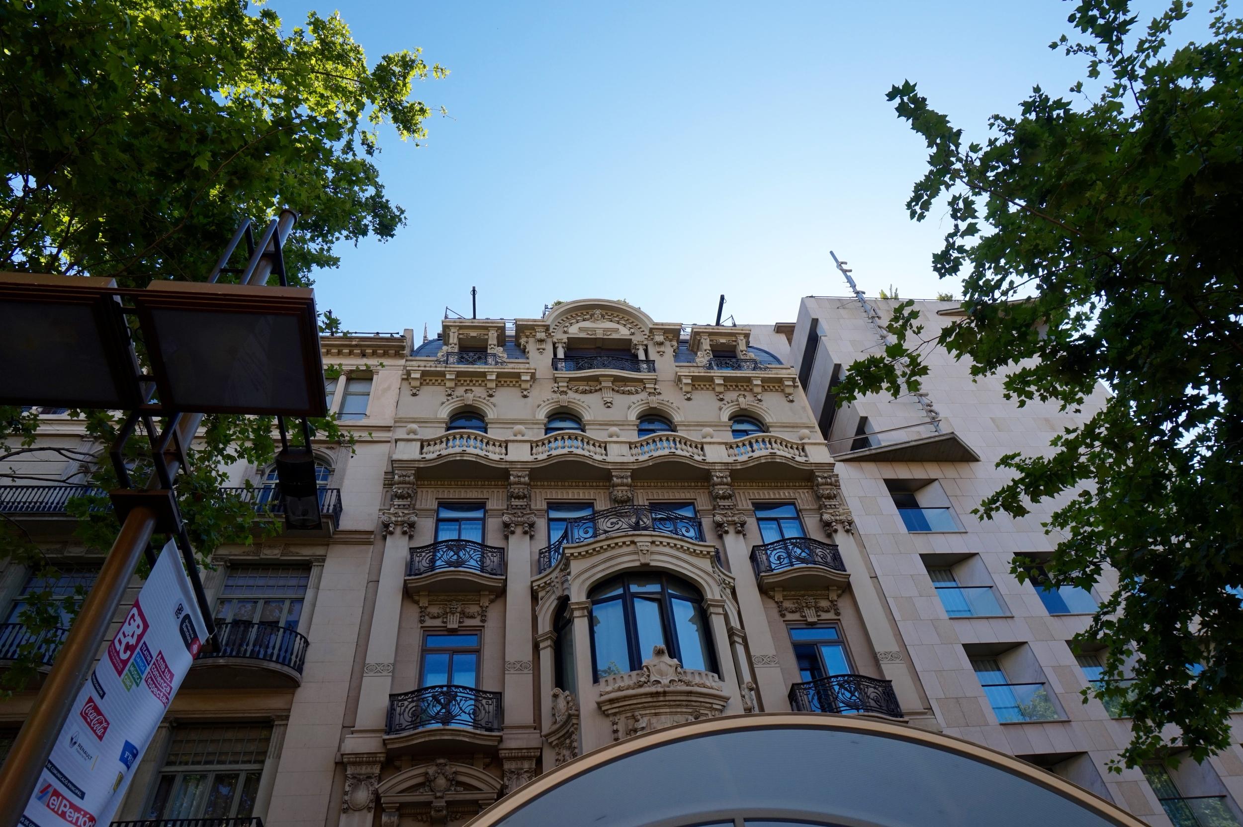 barcelonaarchitecture.jpg