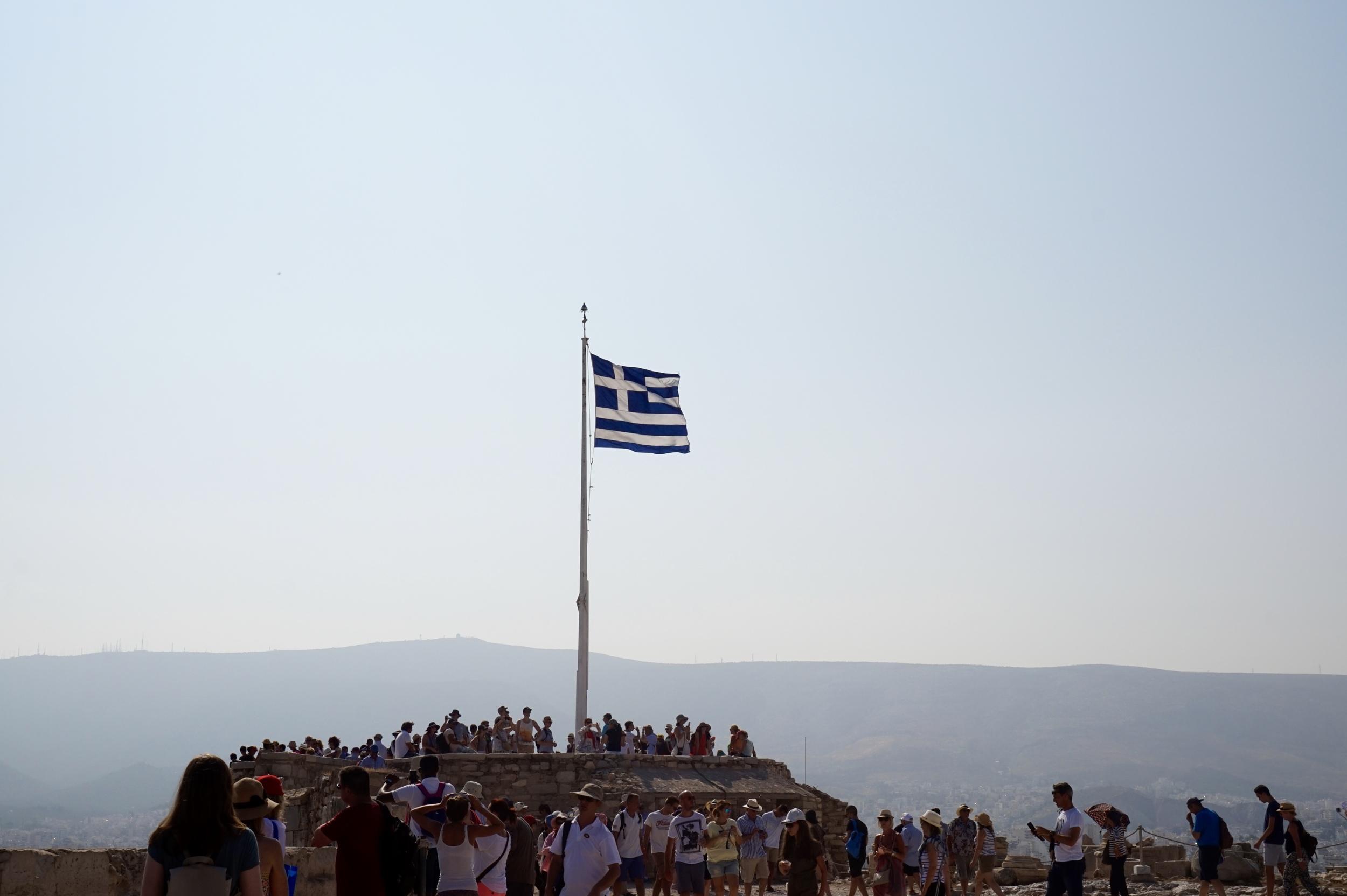greeceflagacropolis.jpg